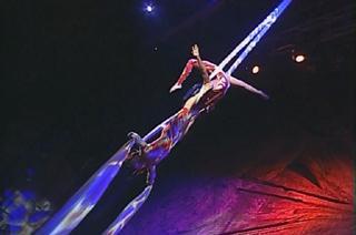 Олег и Юлия Поспеловы -  воздушные гимнасты на полотнах